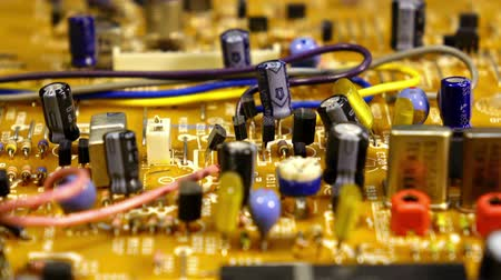 elektronika : Macro dolly shot of circuit board. Shallow DOF