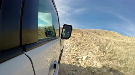 buggy car : Time lapse. Extreme riding with a jeep on a mountainous road