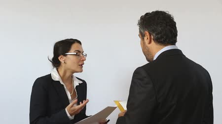 agreement : Co-workers at a verbal fight