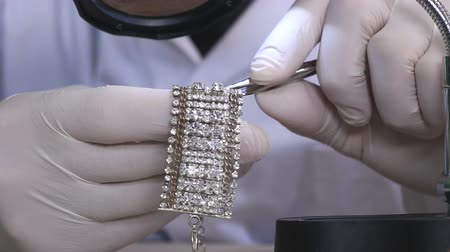 kıymetli : Close Up On Diamond Bracelet
