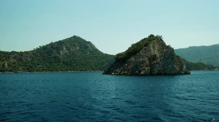 arquipélago : Sailing alongside the islands in the sea Vídeos