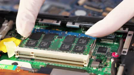 engineering : Installing and removing computer memory module (RAM) Stock Footage