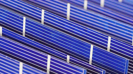 панель : Solar panel cell components, detail view, sliding video