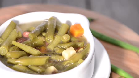 hotpot : Rotating loopable Green Bean Soup