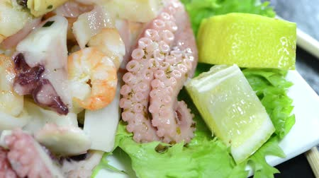 kalmar : Mixed Seafood Salad (loopable)