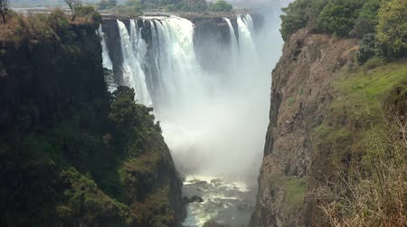 seção : The great Victoria Falls in Zimbabwe as 4K UHD footage