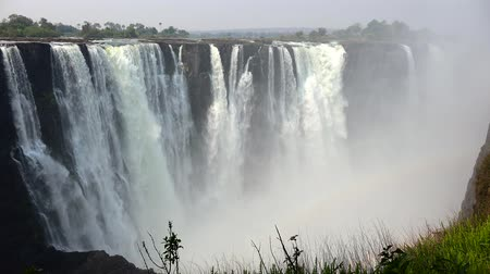 seção : Victoria Falls in Zimbabwe as detailed 4K UHD footage