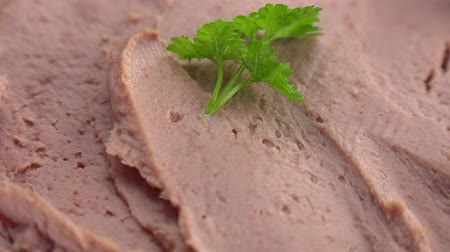parsley : Fresh made Liverwurst (not loopable; 4K)