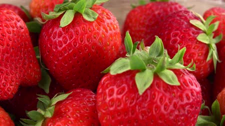 fresh produce : Fresh Strawberries seamless loopable; 4K UHD)