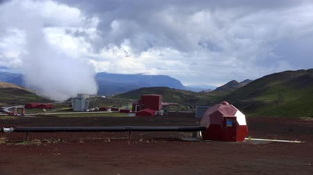 geiser : Hverir Geothermal Area in Iceland Stockvideo