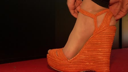 kalhotky : Dressing up womens orange shoes
