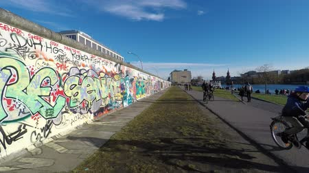 oberbaum : berlinwall eastsidegallery on a sunny day Stock Footage