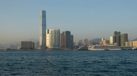 культурный : Kowloon skyline and coast view from Victoria Harbor, Hong Kong