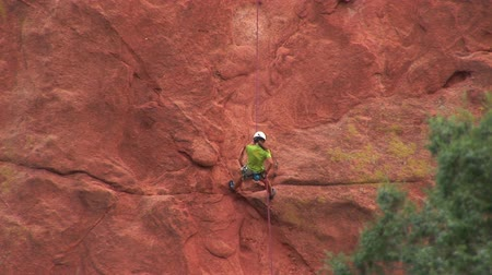 alpinista : Climber at the Garden of the Gods
