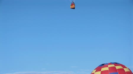 balonlar : Hot air balloons