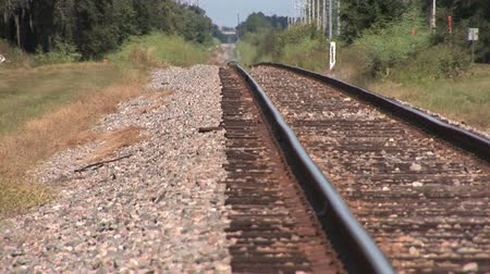 trilho : Railroad track on a hot summer day