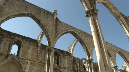 catedral : The ruins of the Carmo Church in Lisbon, Portugal