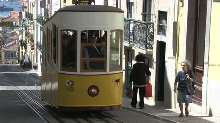 lisboa : Tradition tram in Lisbon, Portugal