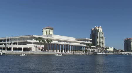 baía : Tampa Convention Center