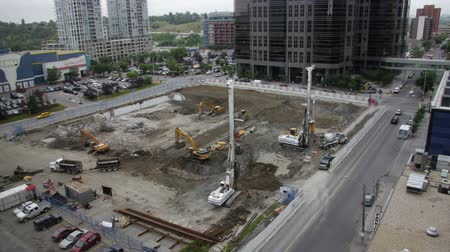 hidrolik : This is a construction site in downtown Calgary in time lapse with in-camera motion blur.