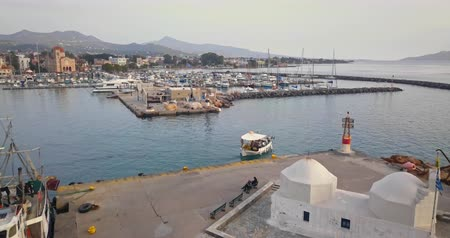 grecja : Aerial view of greek port of Aegina at sunset, Greece Wideo