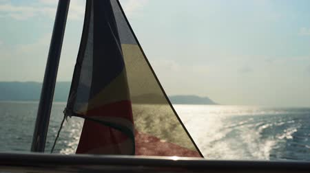 rejtekhely : Seychelles flag waving on the boat
