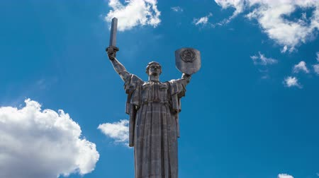 kard : Time lapse monument Motherland mother a symbol of victory in the war Stock mozgókép