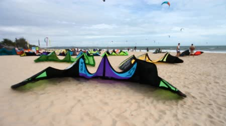 uçurtma : Kitesurfing sports for active people