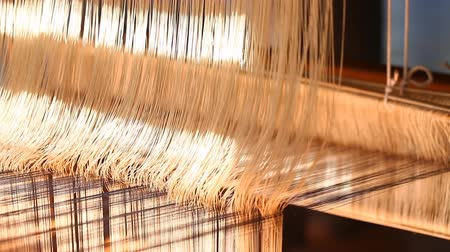 cocoon : Manual wood loom in Asia
