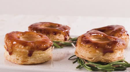 regionální : Typical Portuguese pastry Glorias, tender puff pastry topped with handmade caramel candy and special sugar syrup.