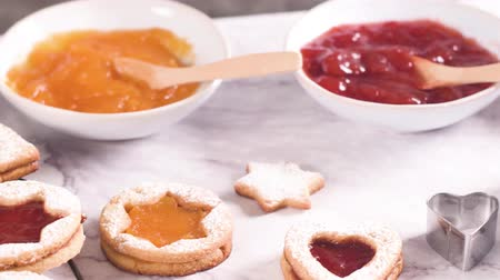 песочное печенье : Homebaked Christmas Cookies With fruit Jam filling and Icing Sugar.