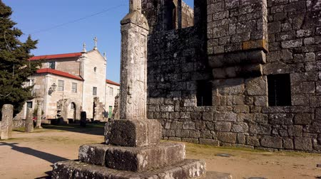 zajímavosti : BARCELOS, PORTUGAL - CIRCA JAUARY 2019: View at the ruins of Paco dos Condes in Barcelos. The building was destroyed by an earthquake in 1755 and is now an open-air museum.