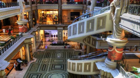 spirale : 4K UltraHD Timelapse le hall de forum shopping centre de César, Las Vegas, Nevada