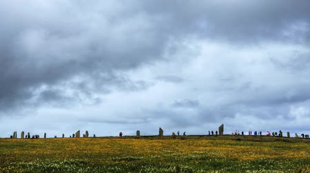 arqueológico : A view of the Ring of Brodgar in Scotland