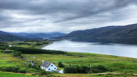 Шотландия : A timelapse view of the town of Ullapool in Scotland Стоковые видеозаписи