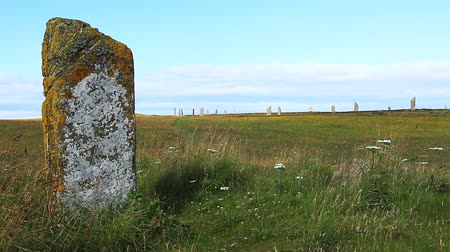 arqueológico : The Ring of Brodgar in Scotland Stock Footage