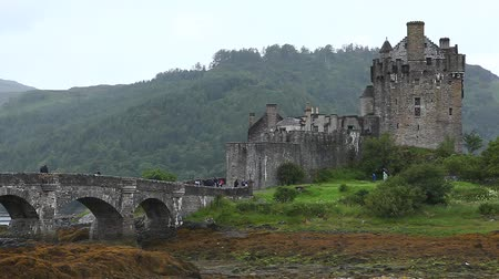 felvidéki : Eileen Donan Castle in the Highlands of Scotland