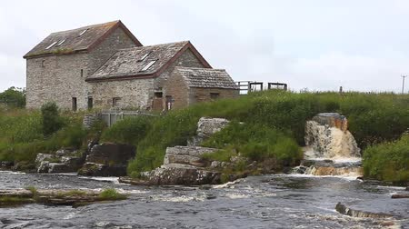 młyn : An old stone mill in Thurso, Scotland