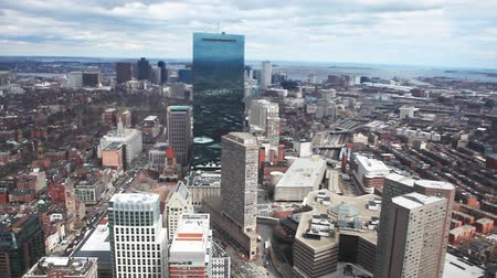 arka görünüm : A large aerial view of the city of Boston, Massachusetts Stok Video