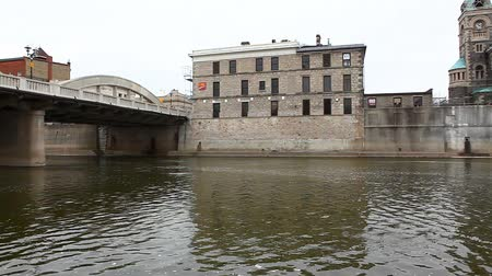 Онтарио : A Controlled Motion Pan of a Bridge And old Buildings