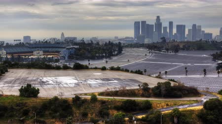 západ : 4K UltraHD View of Los Angeles skyline with Dodger Stadium in the foreground