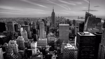 beautiful view : 4K UltraHD A beautiful timelapse of nightfall in the heart of Manhattan in Black and White