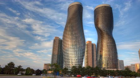 kanada : 4K UltraHD Timelapse of the Absolute World Complex in Mississauga