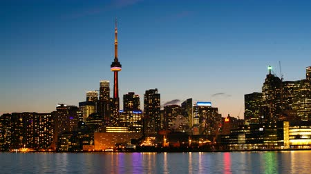 kanada : 4K UltraHD Motion Toronto Skyline timelapse, day to night