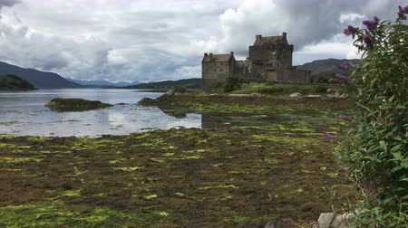 felvidéki : 4K UltraHD The picturesque Eilean Donan Castle, Scotland