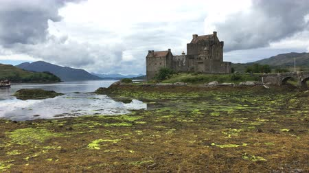 felvidéki : 4K UltraHD The beautiful Scottish Castle of Eilean Donan