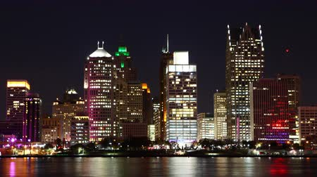 mi : 4K UltraHD Timelapse of the Detroit skyline, Michigan from day to night