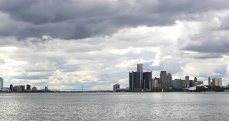 mi : Detroit, Michigan, Windsor, Ontario and the Ambassador Bridge 4K