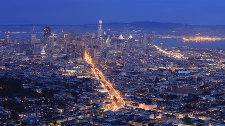 pyramida : Night to day timelapse of San Francisco 4K