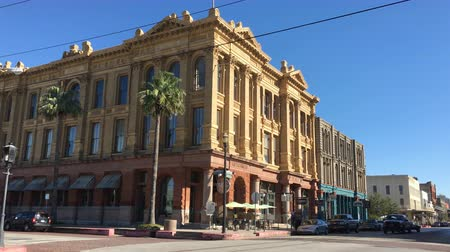 viktoriánus : Historic buildings in downtown Galveston Texas. These buildings survived great storms including one in 1900 4K